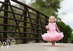 Great ideas for taking kid photos!