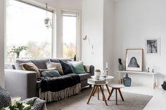 Elevate Home Design - gravity-gravity: Source: Lundin Scandinavian Interior, Home Interior, Interior Design, Living Room Grey, Home Living Room, Bedroom Posters, Living Room Remodel, Living Room Inspiration, Small Apartments