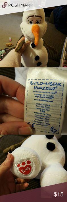 Olah. Build a bear White snow man build a bear Other