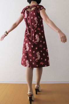 【PDF】Sewing pattern from Japanese designer's shop.  English pattern available.