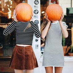 Great idea to do with BFF or sister around Halloween maybe with jack-o'-lanterns instead of pumpkins!