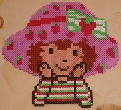 perler beads, hama bead, strawberri shortcak