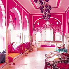 Arabian  bedroom design | Un salon multicolore indien - Marie Claire Maison