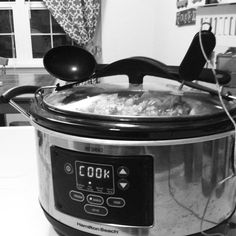 whole30 lunches //crockpot chicken. paleo approved meals.