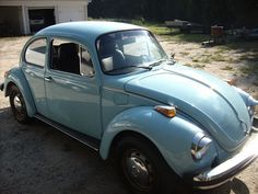 Example of Marina Blue paint on a 1971 Volkswagen Beetle