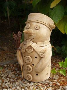 in morkusovic - Home Page Fire Clay, Hand Built Pottery, Clay Figures, Xmas Ornaments, Clay Projects, Christmas Snowman, Polymer Clay, Hobbit, Sculptures