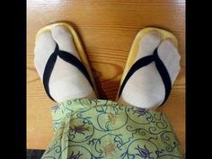A diy tabi/flip flop sock using already made socks. It seems so simple; why didn't I think of this? Haha. Seriously, there's a good youtube video embedded as well.