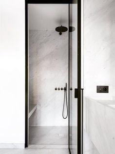 Emily Henderson Design Trends 2018 Bathroom Marble 04