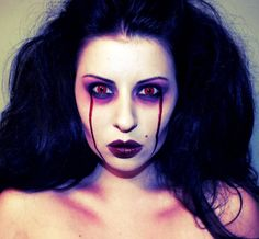 Simple creepy vampire makeup