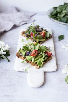 ... nettle flatbread (gf/vegan) ...