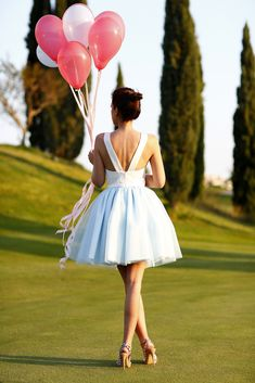43 Ideas For Birthday Photoshoot Photography Photo Ideas Picture Poses, Photo Poses, Quinceanera Photography, Its A Girl Balloons, Birthday Photography, Quinceanera Party, Birthday Photos, Birthday Ideas, Photography Photos