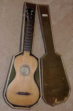 Early 19th Century guitar, labeled, by Lavigne, Paris  Circa 1813
