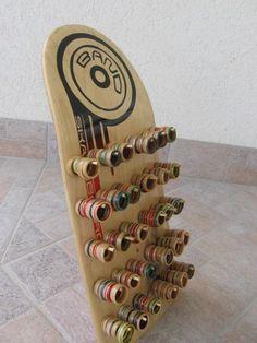 Skateboard Rings, Bracelets, Earrings: Rings from recycled skateboard