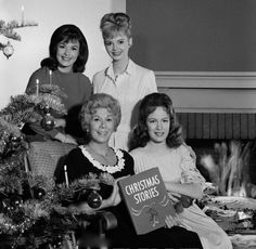 Merry Hooterville Christmas : Pat Woodell, Gunilla Hutton, Bea Benaderet, Linda Henning from Petticoat Junction circa 1963