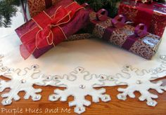 Purple Hues and Me: Snowflake Tree Skirt DIY