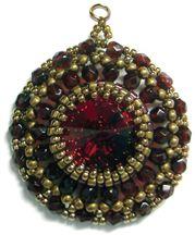 FREE How to bezel a Rivoli stone with peyote stitch pattern