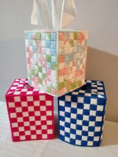 Plastic Canvas Ornaments, Plastic Canvas Tissue Boxes, Plastic Canvas Crafts, Plastic Canvas Stitches, Plastic Canvas Patterns, Canvas Bags, Canvas Ideas, Sewing Projects, Projects To Try