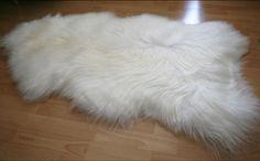 "Amazon.com : Biggest | Soft and Silky | Icelandic Sheepskin Rug | (XXL 56"") : Patio, Lawn & Garden"