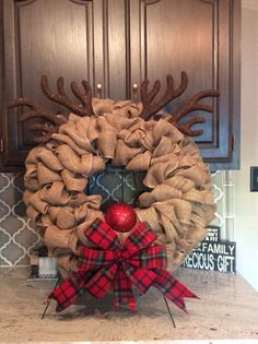 Christmas DIY: Burlap Reindeer Wrea Burlap Reindeer Wreath Christmas Wreath Rudolph by WreathsbyLaura Burlap Crafts, Wreath Crafts, Diy Wreath, Christmas Projects, Holiday Crafts, Wreath Ideas, Wreath Making, Santa Wreath, Tulle Wreath