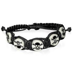 Bracelet en corde noire avec perles à têtes de mort