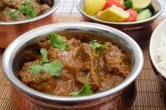 Will try with organic lamb Skinny Slow Cooker – Beef Curry. Take out-fake out recipe for you! This Slow Cooker Beef Curry Recipe is so easy. All you need to do is toss in the ingredients and let the slow cooker do the work. Crock Pot Recipes, Hcg Recipes, Crock Pot Cooking, Curry Recipes, Slow Cooker Recipes, Cooking Recipes, Healthy Recipes, Superfood Recipes, Meat Recipes