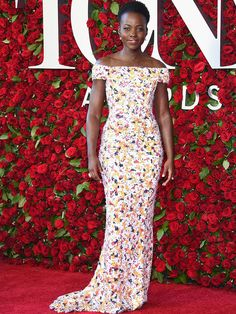 LUPITA NYONG'O // The Showstopping Looks of the 2016 Tony Awards | People