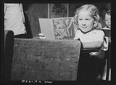 America's Children – Photographs by John Vachon San Augustine, Texas. A school girl Black White Photos, Black And White, Look Magazine, Vintage Photographs, Vintage Antiques, Texas, Portraits, America