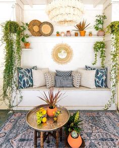 Beautiful Hanging Plants Ideas For Home Decor The plants is likely to be the hair and you're goi Decor, Boho Interior, Warm Interior, Diy Decor, Bedroom Decor, Hanging Plants, Home Decor, Colorful Interiors, Bohemian Decor
