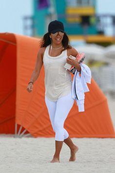 eva longoria 2017 | EVA LONGORIA on the Beach in Miami 01/18/2017 - HawtCelebs ...