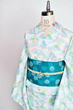 氷のかけらと羽根のようなメルヘンデザイン愛らしい上布風化繊夏着物 - アンティーク着物・リサイクル着物のオンラインショップ 姉妹屋