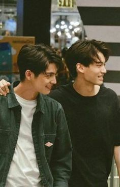 The Series Win Metawin Opas-iamkajorn Bright Vachirawit Chivaaree Cute Asian Guys, Asian Boys, Asian Men, Bright Wallpaper, Bright Pictures, Cute Gay Couples, Thai Drama, Handsome Faces, Cute Pokemon