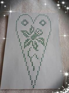 Marlena Sobiecka's media content and analytics Sc Crochet, Filet Crochet Charts, Thread Crochet, Crochet Doilies, Cross Stitch Heart, Cross Stitch Flowers, Cross Stitch Patterns, Crochet Christmas Decorations, Holiday Crochet