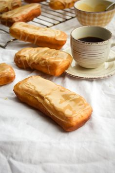 You're going to need some coffee to go with this post.... I need some coffee too, but not just because of these maple bars. You see, my computer is still trying to ruin my life by going as slow as it can. I happen to be extra busy so this is driving me crazy. It's... #autumn #bread #breakfast