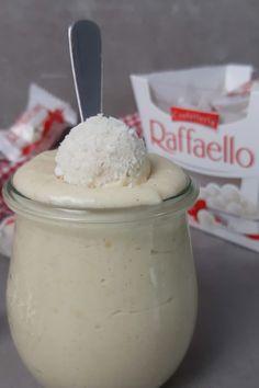 Raffaello Creme als Brotaufstrich zum Frühstück an Weihnachten Ice Cream, Sugar, Desserts, Food, Savory Foods, Yummy Food, Food And Drinks, Sandwich Spread, No Churn Ice Cream
