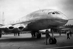 Comet Prototype July The prototype of the de Havilland Comet turbo-jet airliner, built at Hatfield, Hertfordshire. It is a monoplane powered by 4 'ghost' engines expected to give a cruising speed of 500 mph. Civil Aviation, Aviation Art, De Havilland Comet, Photo Avion, Aviation Technology, Passenger Aircraft, Aviation Industry, Jet Engine, Commercial Aircraft