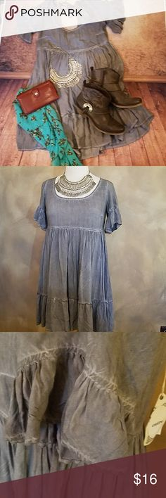 edadc50dd05 NWT Entro Tunic Tunic pullover dress - inside lined - gray with white in  material - shortsleeve with ruffles and ruffle hem. New with tag-never worn  entro ...