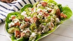 Best Lobster Salad Recipe - How To Make Lobster Salad Lobster Roll Recipes, Seafood Recipes, New Recipes, Salad Recipes, Cooking Recipes, Lobster Rolls, Yummy Recipes, Favorite Recipes, Pudding Recipes