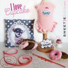 Lookbook chien - I Love Cupcake - Robe  chien Cupcake – Collier chien & Laisse chien Glamour Rose – Jouets chien Donuts Chocolat & Fraise - www.sweetiedog.com