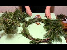 Как сделать новогодний или рождественский венок из сосновых веток своими руками. Часть первая. Ни одно дерево не пострадало! Ветки собраны с земли после ветра.....