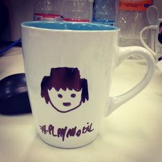 Poderia ser pior, poderia ser um #playmobil e não mexer os braços, para tomar #café www.diariodebordo.net.br