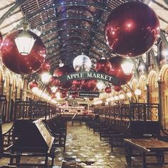 Christmas, baby! ❤️✨ #melinlondon Melina Souza -Serendipity <3