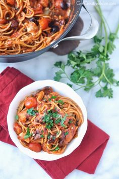 Pasta Puttanesca With Olives, Tomatoes, Capers, and Artichokes Pasta Recipes, Cooking Recipes, Noodle Recipes, Bean Recipes, Healthy Recipes, Parmesan Soup, Pasta Puttanesca, Pasta Dinners, One Pot Pasta