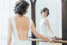 "Robe de mariée ""Ema""  robe en tulle de soie et dentelle de Chantilly graphique. Wedding dress Atelier Swan #robedemariee #createur #mariee #madeinfrance #surmesure #weddingdress"