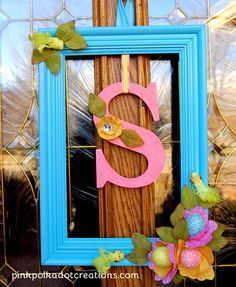 Spring Door Decor | Fabric Duck Tape can be found at Joann.com or Jo-Ann Stores