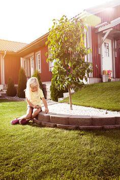 Utemiljøgrossisten as Hagemur AWS Outdoor Furniture, Outdoor Decor, Garden Bridge, Windsor, Outdoor Structures, Wall, Yard Furniture