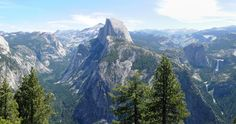 Yosemite Hiking - The Half Dome alternative: The Four Mile and Panorama Trail - Read more on: www.daysontheroad.be