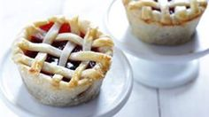 """A fun way to make a """"mini me"""" version of your favorite pie!"""