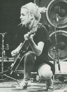 Tina Weymouth - the bassist of Talking Heads 80s.