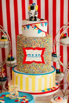 don't use just ordinary invitations!! have your #kids use #invitebandz for this fun-filled #party! #carnival #circus #markedprivate #birthdaycake