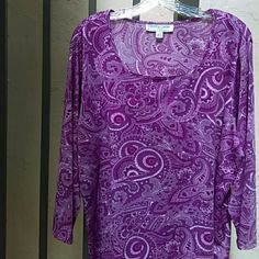 HASPER & COMPANY - TOP - SPANDEX Pretty Pink Paisley - Modified scoop neck, long sleeved - Size 2X - poly/spandex Hasper & Company Tops Blouses